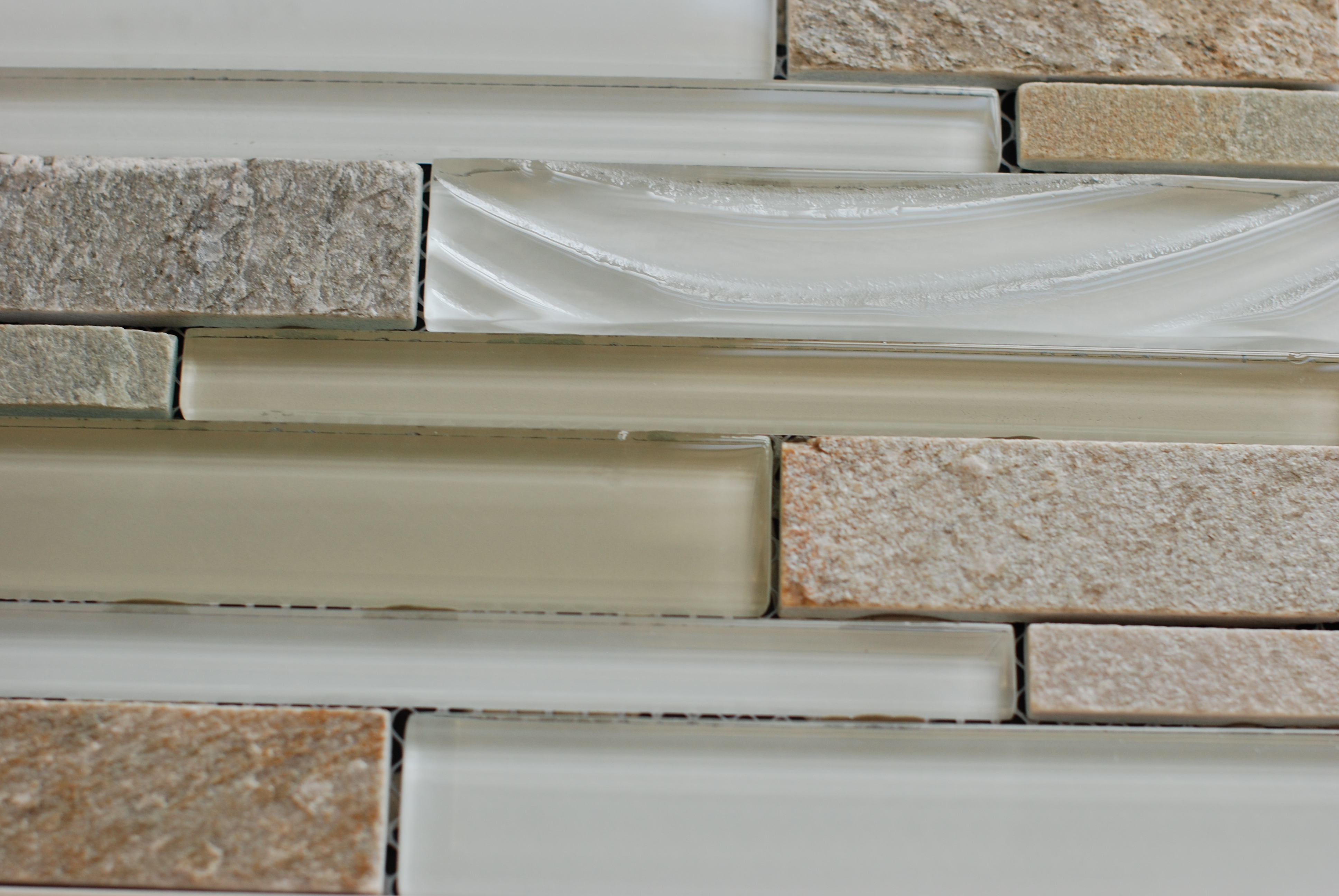 ″ vertical column elume glass champagne accent tile Â« jefferson  - ″ vertical column elume glass champagne accent tile